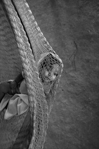 HONDURAS. Mesa Grande. 8/06/1988: Salvadoran refugees. Child in the kindergarten.