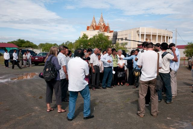 CAMBODIA. Kambol (Phnom Penh). 31/08/2009: Following the restrictions imposed on the Civil Parties by the ECCC, they staged a press conference in front of the courtroom, announcing their boycott of the hearings. They later went to pray at Tuol Sleng and Chhoeung Ek.